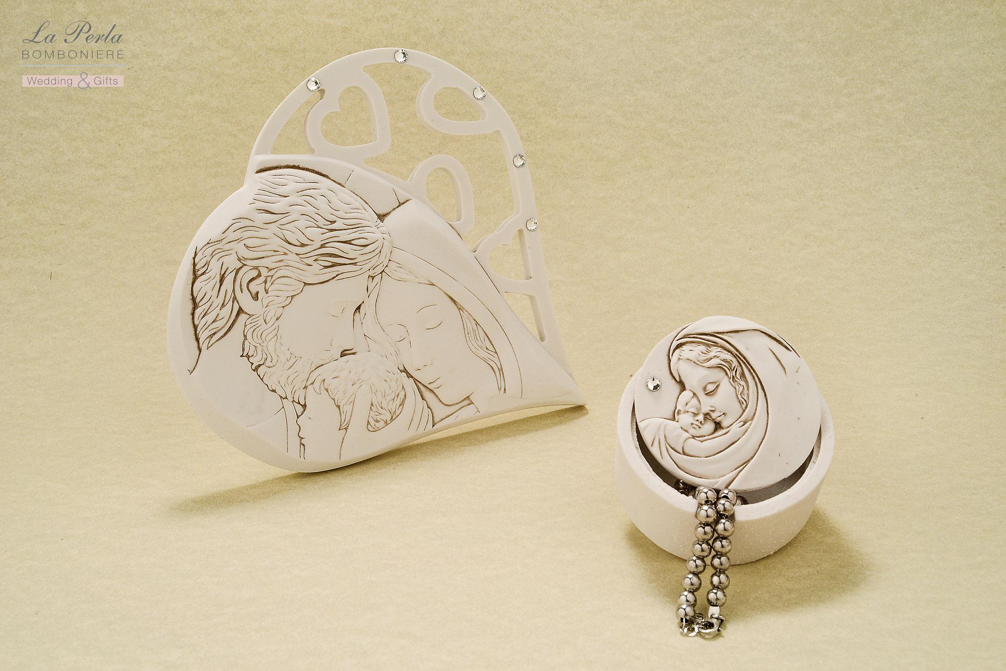 Immagine sacra con Sacra Famiglia e scatolina portagioie con Madonnina con Bimbo, in polvere di marmo di Carrara ricomposto, made in Italy. La tradizione proposta in versione dolce e moderna