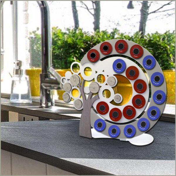 Portacialde da caffè. In metallo e legno intagliati al laser, Made in Italy. Design e praticità.