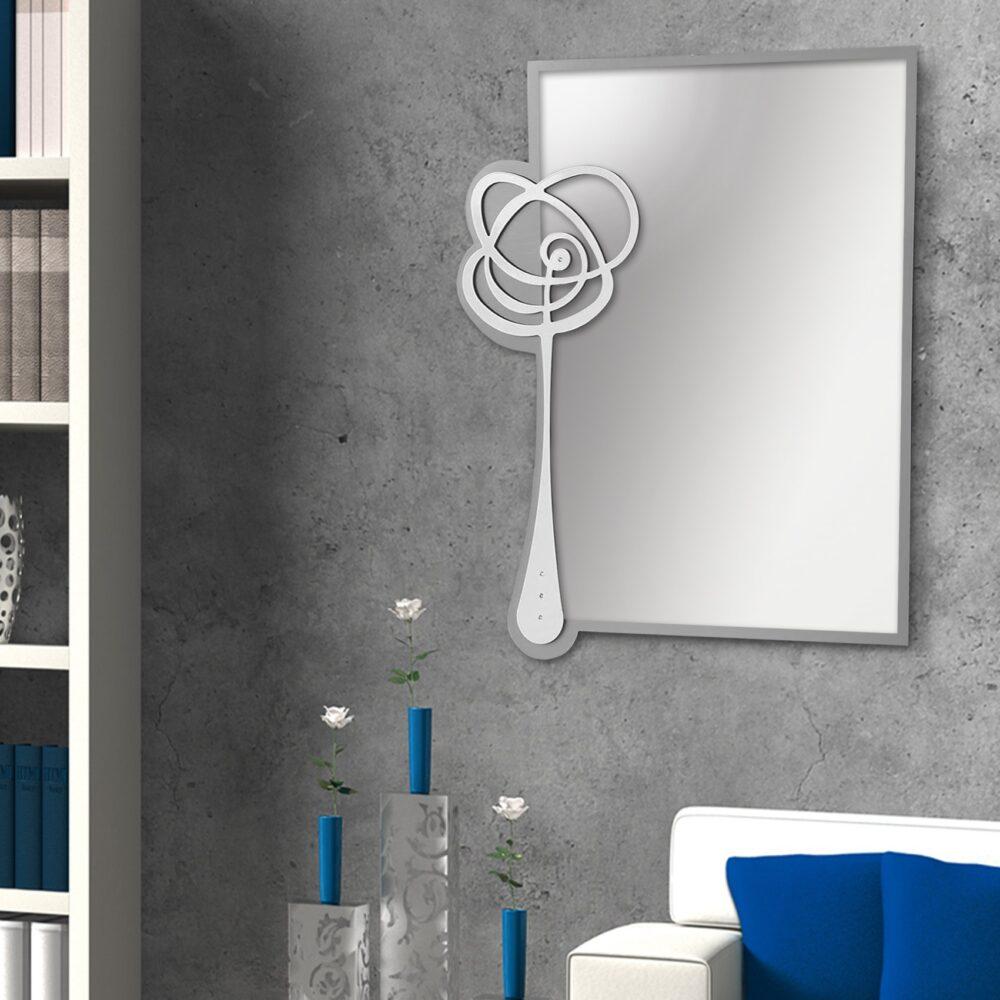Specchio WENDY in metallo e vetro con possibilità di personalizzare il colore. Cm. 68 x 79. Made in Italy.